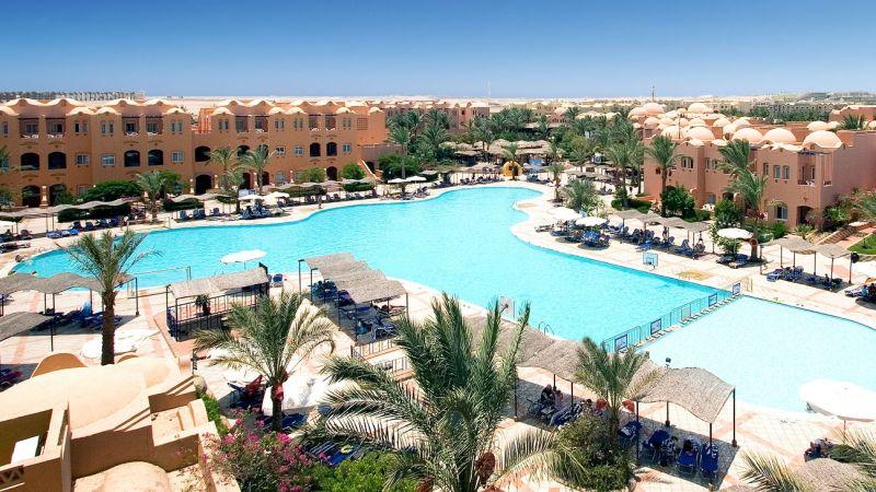 8 Tage Ägypten im super 4* Hotel mit AI, Flügen, Transfer & Zug (-42%)
