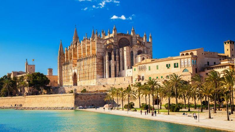 Luxus auf Mallorca: 8 Tage im nagelneuen 5* Hotel mit HP, Flug & Zug